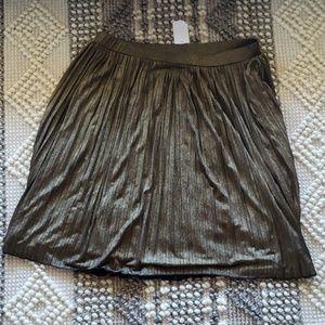 Gold/black metallic lined midi swing skirt